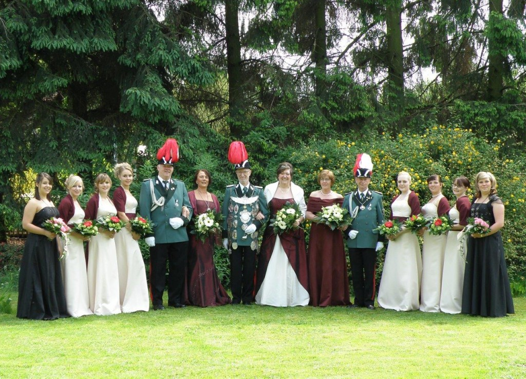 P-2009-06-03 Königshaus mit Hofstaat und Prinzessinnen5