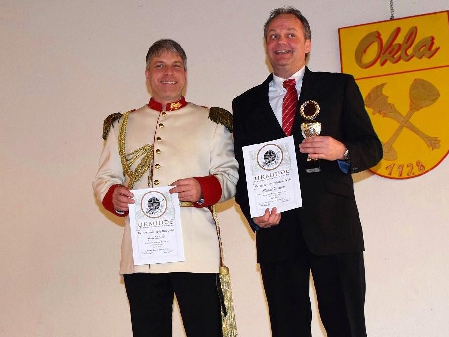 Die Vereinsmeister in der Altersklasse Herren: Jörg Nitsche 3. Platz und Michael Motzner 1. Platz